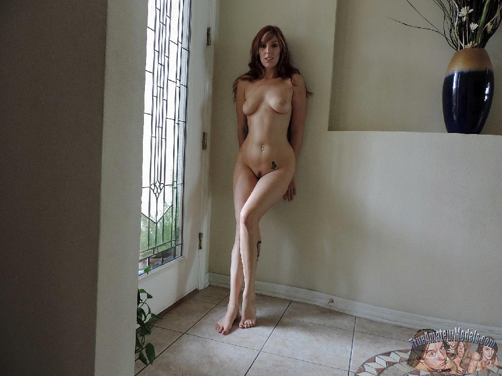 Red-haired MILF shows sexy body - Lauren - 10