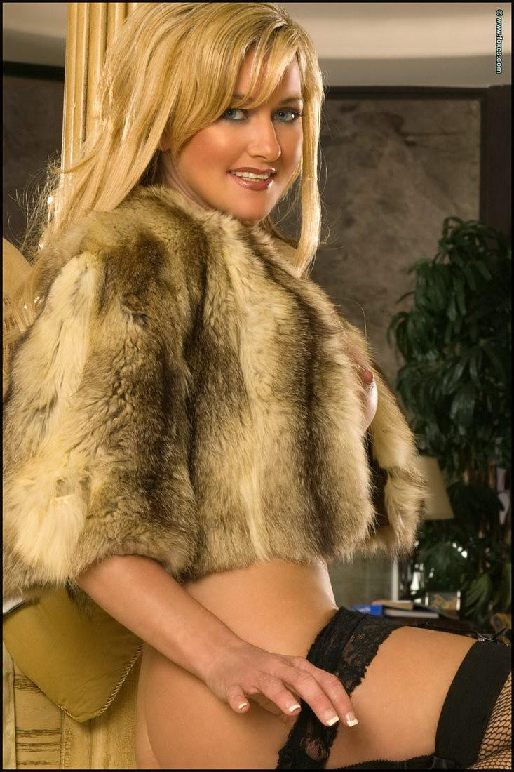 Sexy blonde MILF in the fur short jacket - Carol Ann - 11