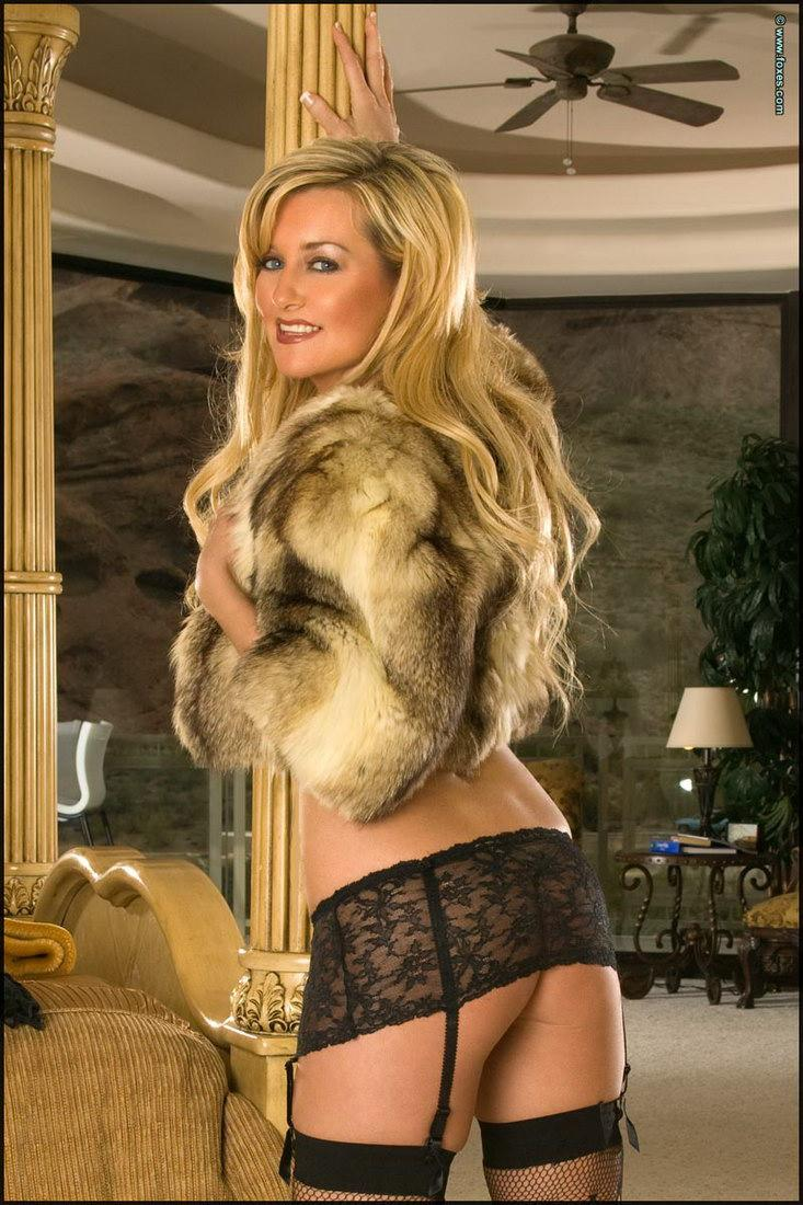 Sexy blonde MILF in the fur short jacket - Carol Ann - 9