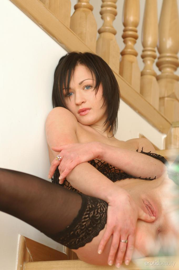 Sexy Tonya is tempting on the stairs - 14