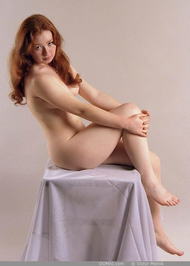 Naked red-haired Ginger in professional session - 4