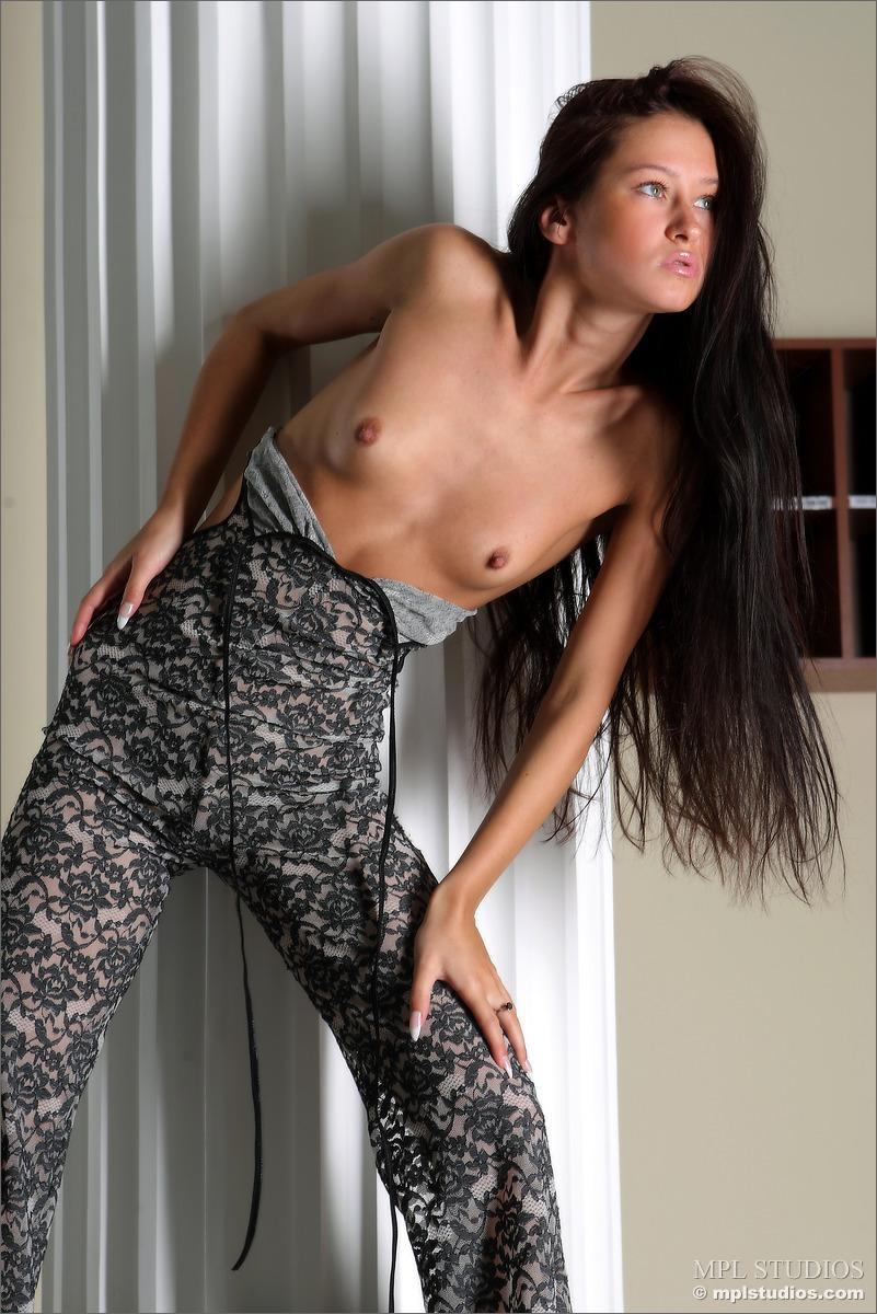 Long-haired Maria shows her very sexy body - 5