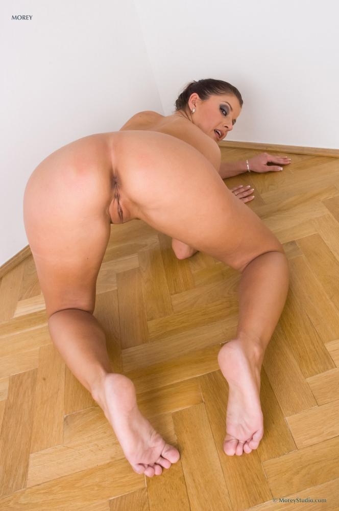 Naked Kate is tempting on the floor. Part 2 - 8