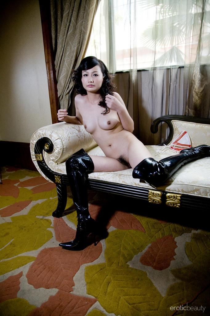 Asian in sexy leather high boots - Mellenney - 11