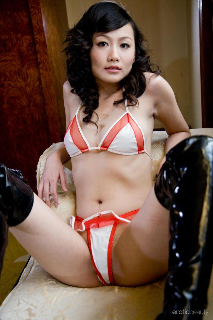 Asian in sexy leather high boots - Mellenney - 5