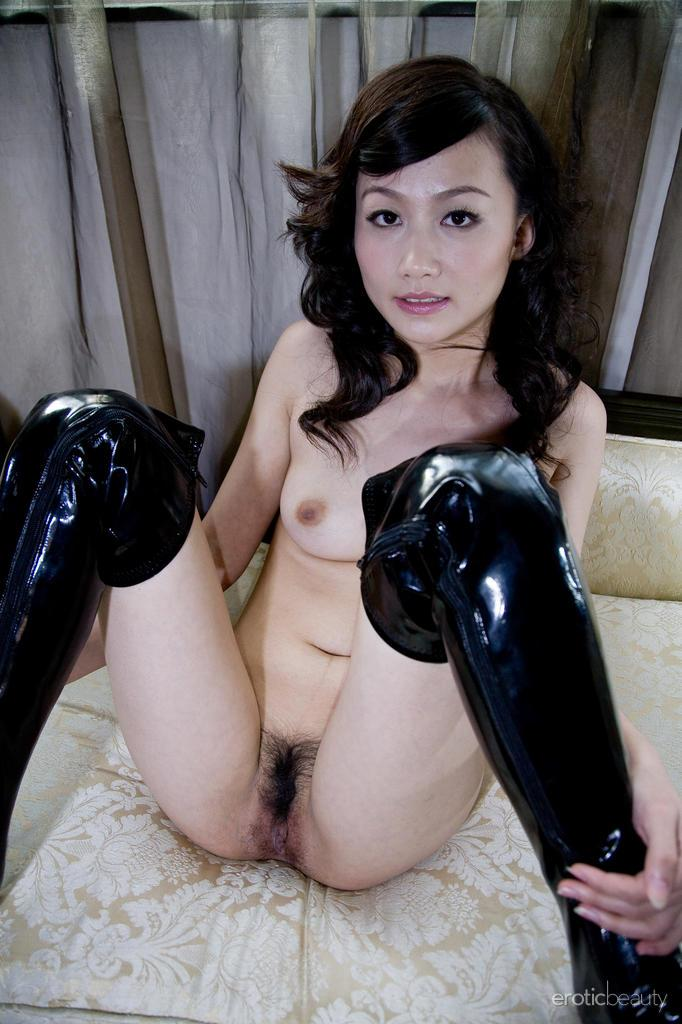 Asian in sexy leather high boots - Mellenney - 8