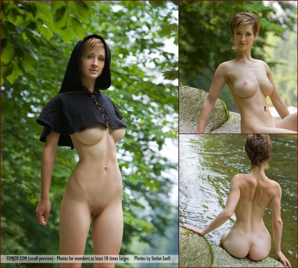 Lisa ann cleavage