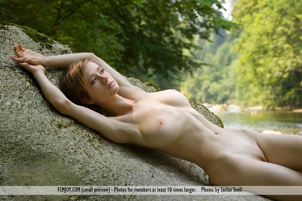 Busty beauty with short hair - Silke - 5