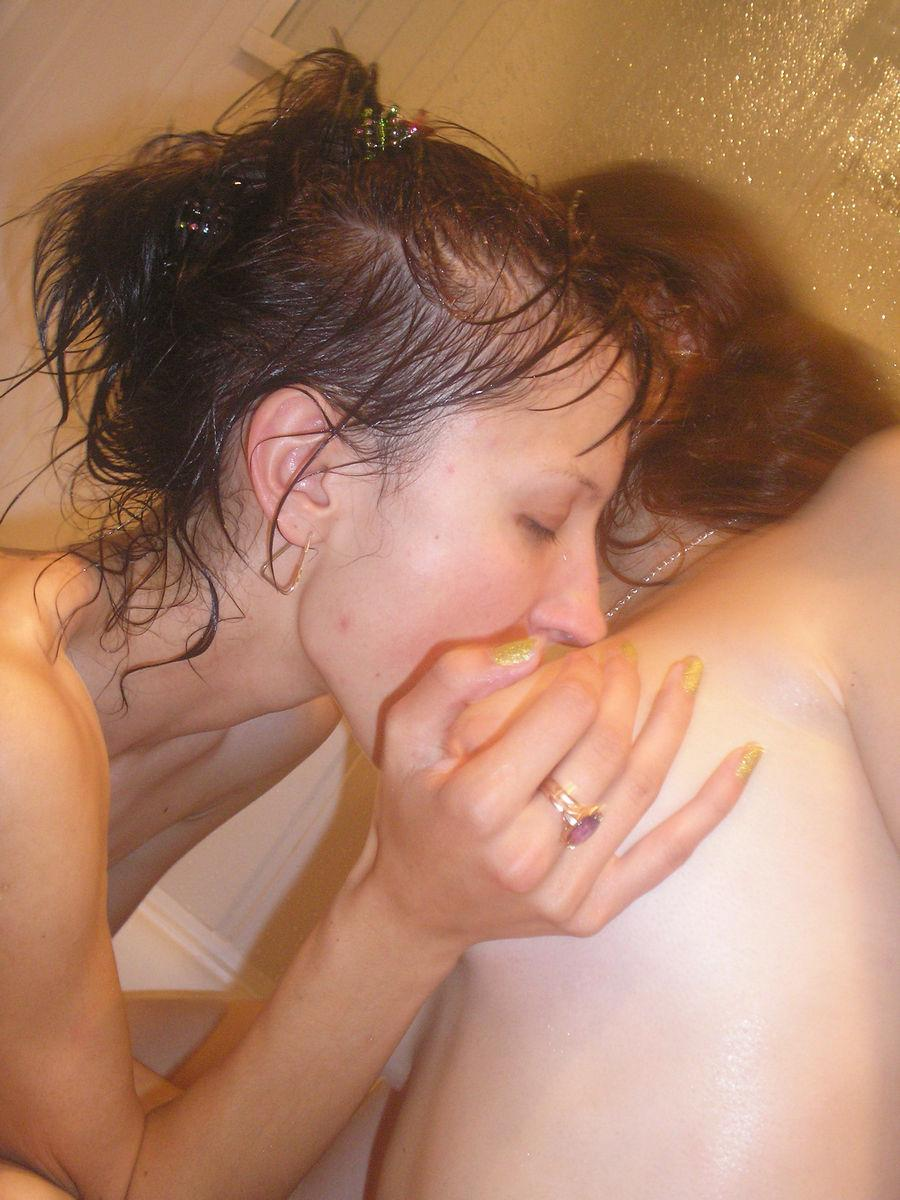 Two girls in the bathtub - 11
