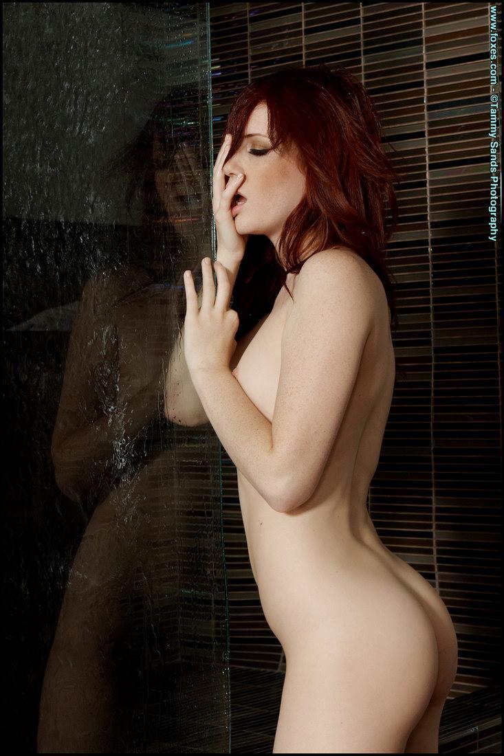 Fantastic redhead under shower - Elle Alexandra - 6