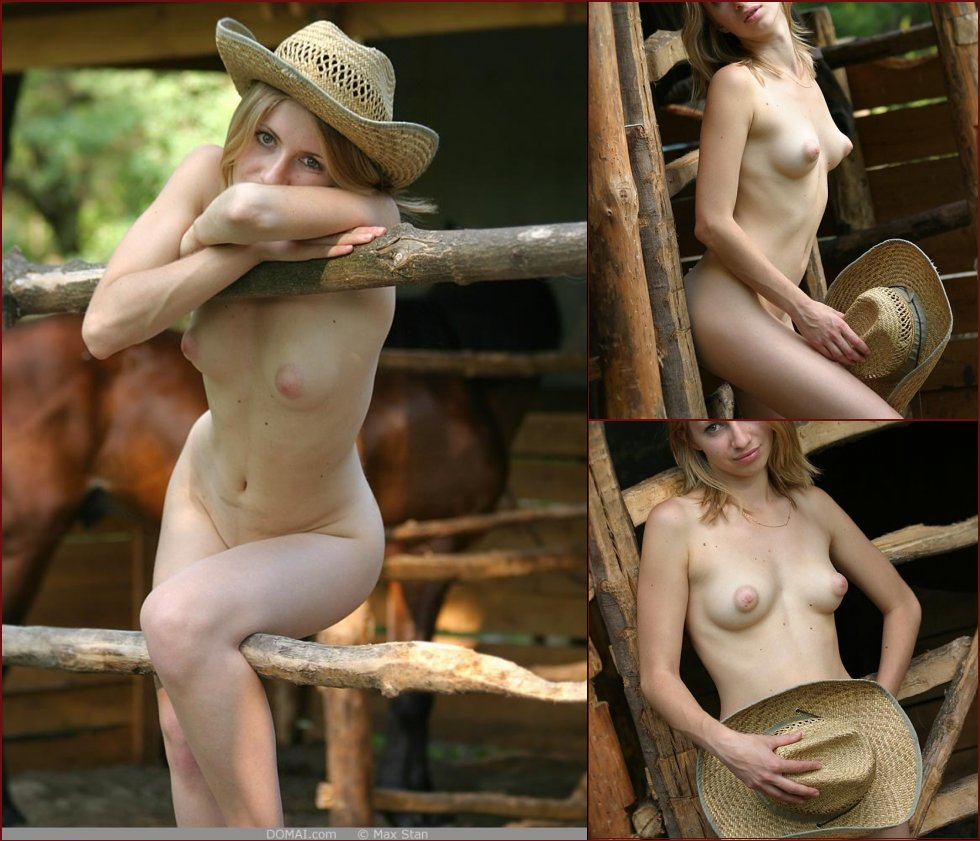 Pretty blonde girl from countryside - Vicca - 22