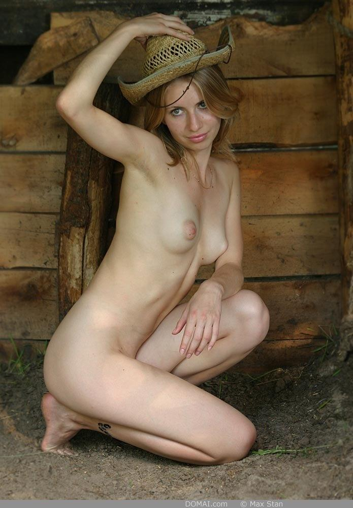 Pretty blonde girl from countryside - Vicca - 12