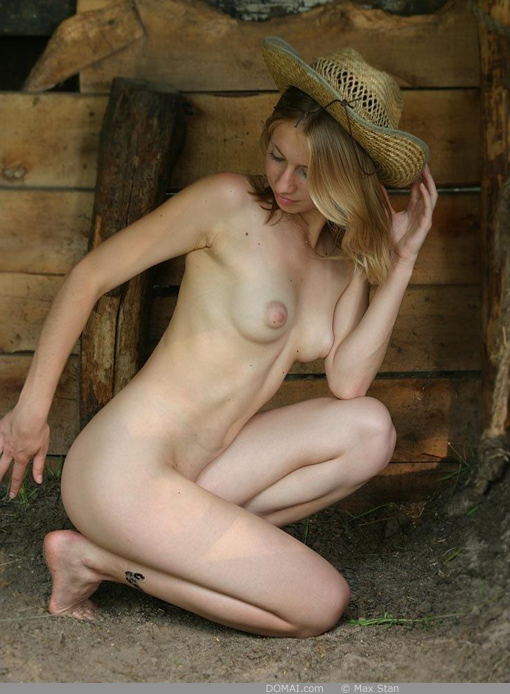 Pretty blonde girl from countryside - Vicca - 13