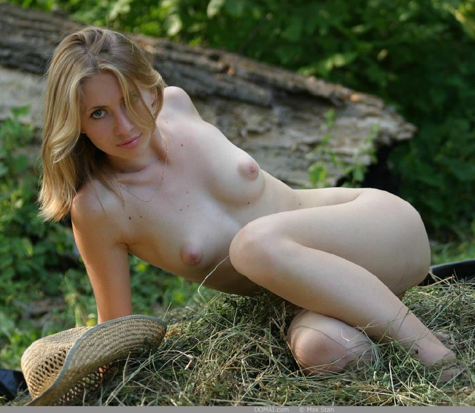 Pretty blonde girl from countryside - Vicca - 15