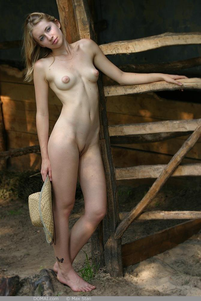Pretty blonde girl from countryside - Vicca - 7