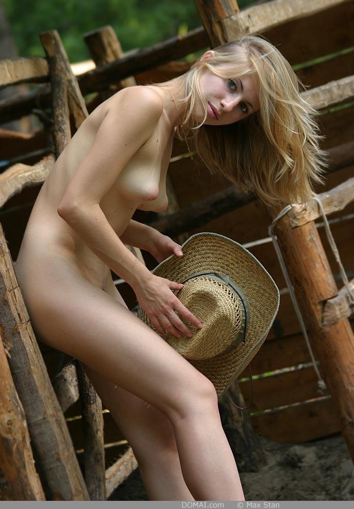 Pretty blonde girl from countryside - Vicca - 9