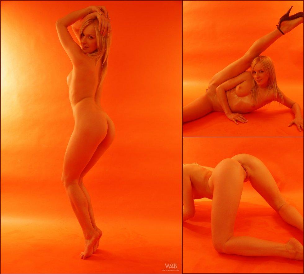 Orange session with naked model - Faith - 14