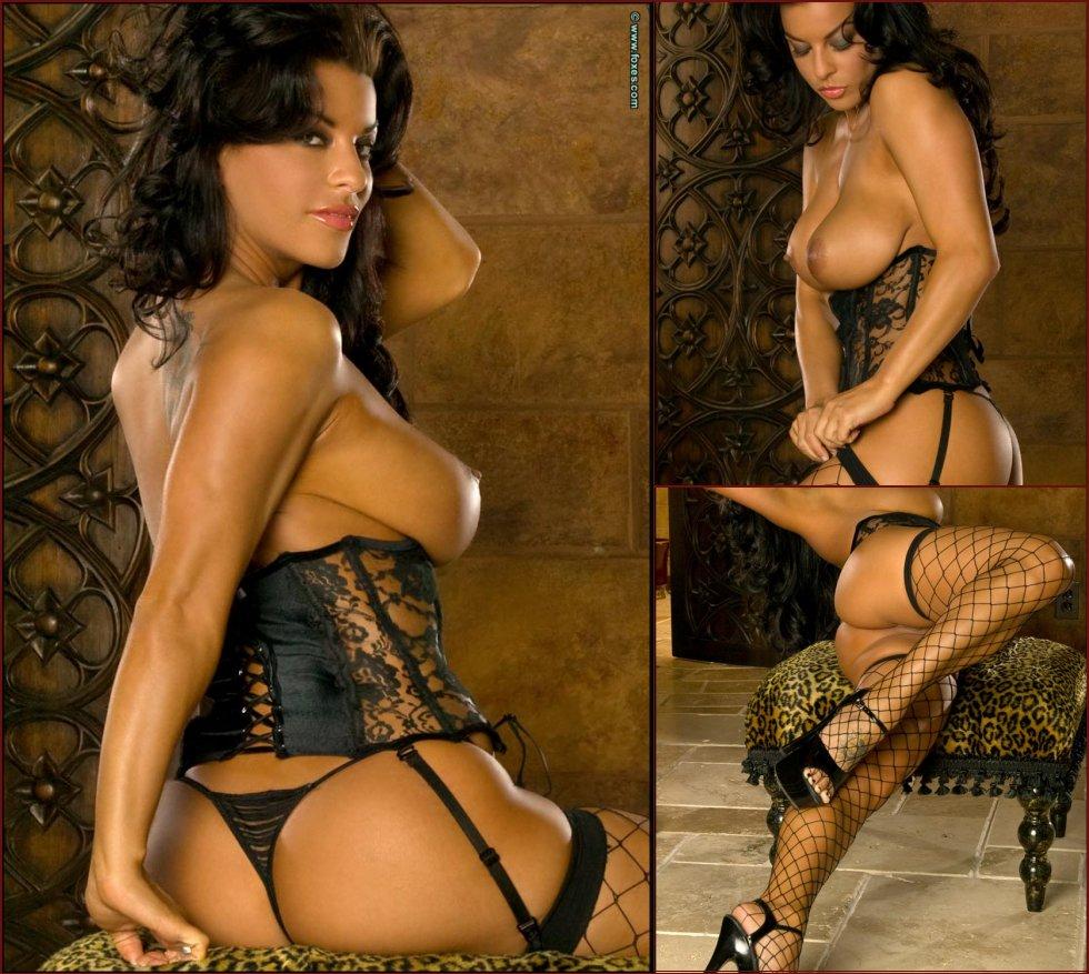 Hot Latina in sexy fishnet - Nancy Erminia - 13