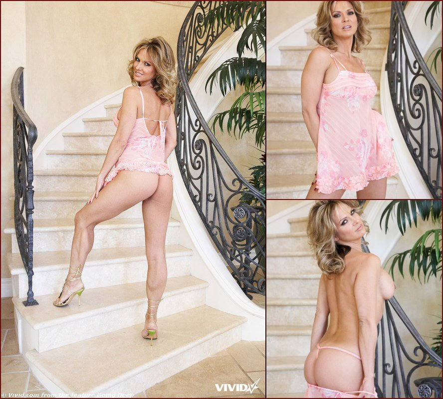 Hot MILF is posing on the stairs - Savanna Samson - 21