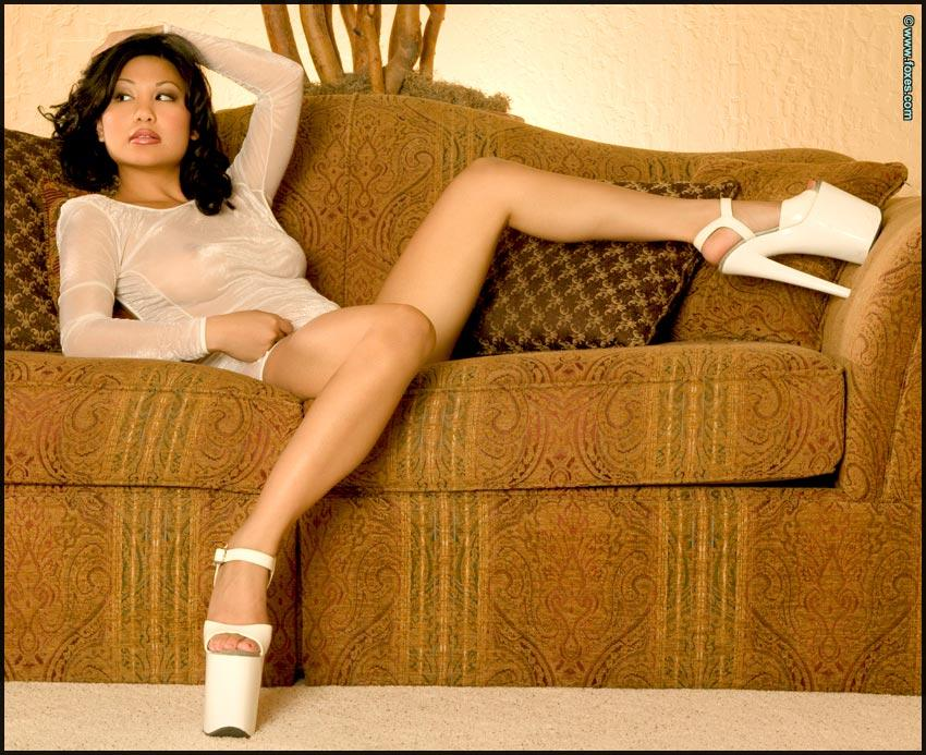 Hot Asian chick in sexy white high heels - Leilani Lee - 1