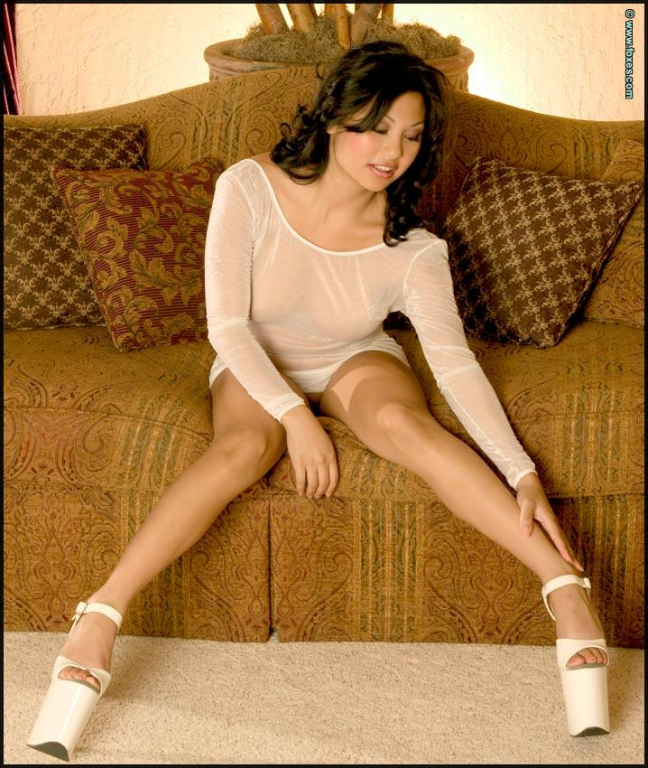 Hot Asian chick in sexy white high heels - Leilani Lee - 2