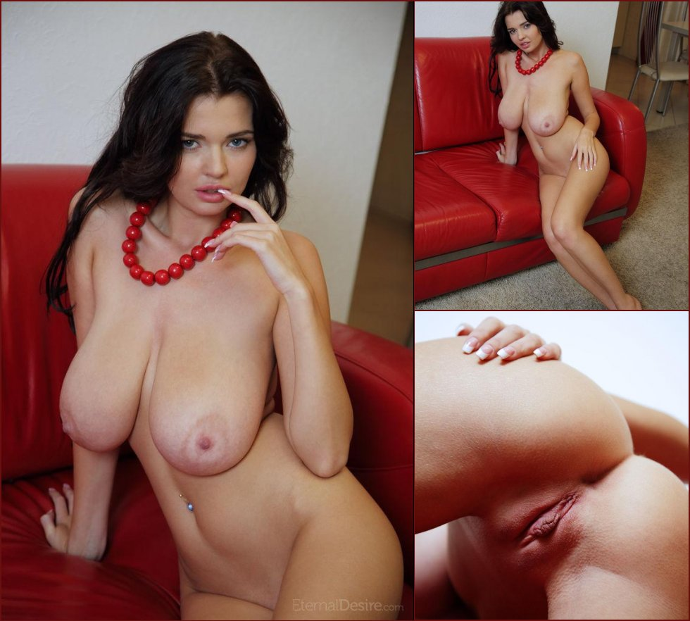 Naked Sha Rizel is posing on the red sofa - 29