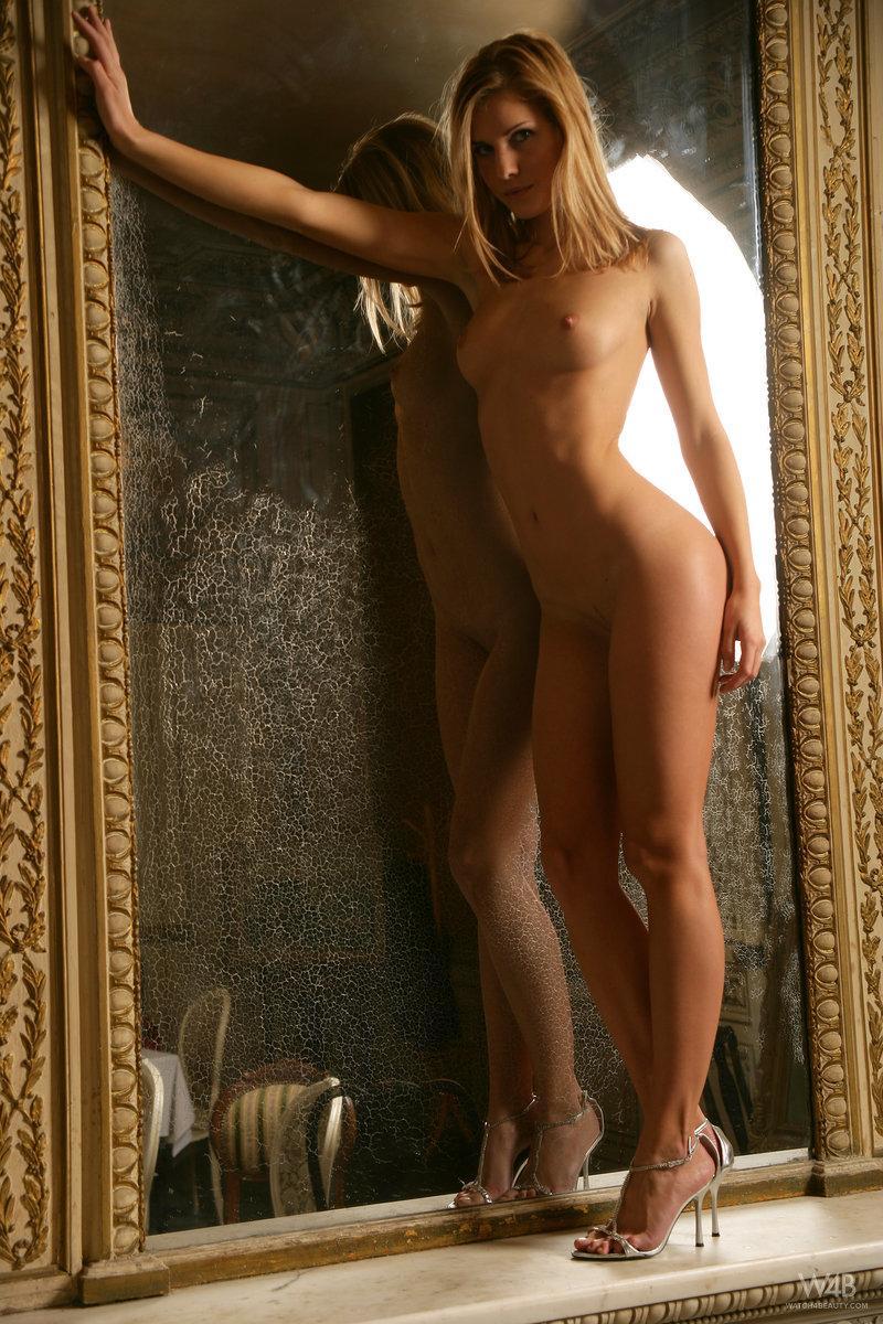 Gorgeous Iveta is showing wonderful body. Part 2 - 2