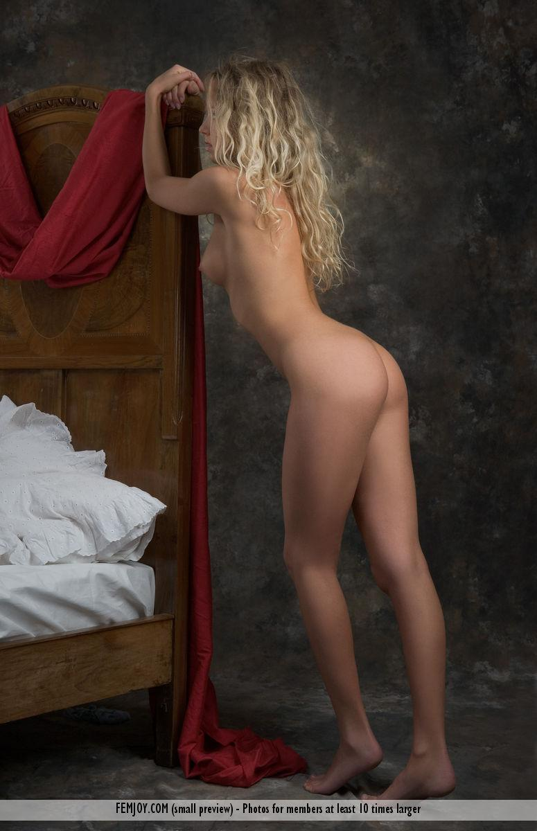 Naked blonde girl on the bed - Anke - 2