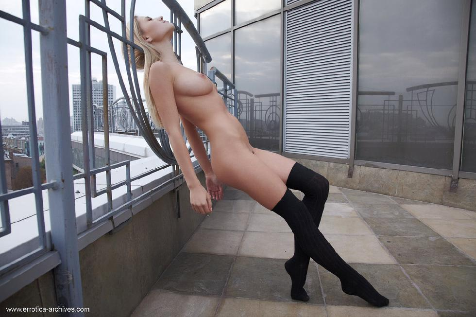 Beautiful blonde girl is posing on the terrace - Felicity part 2 - 15