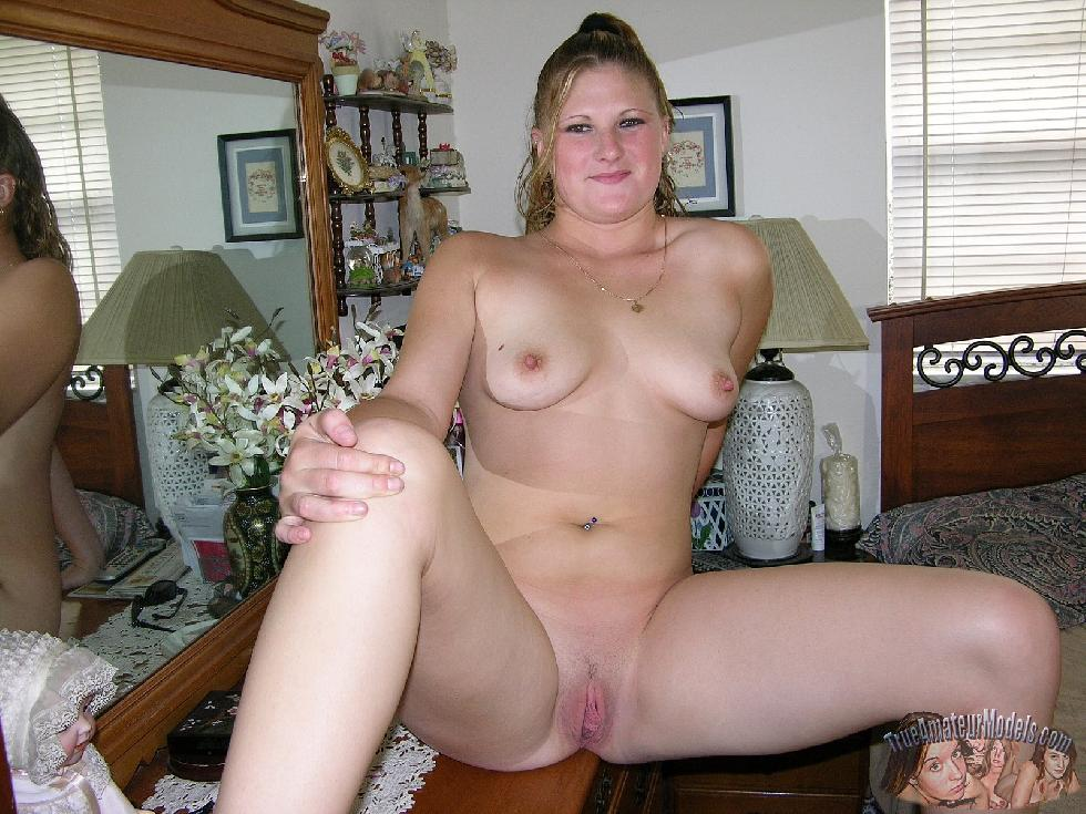 Deanna is showing her sweet holes - 11