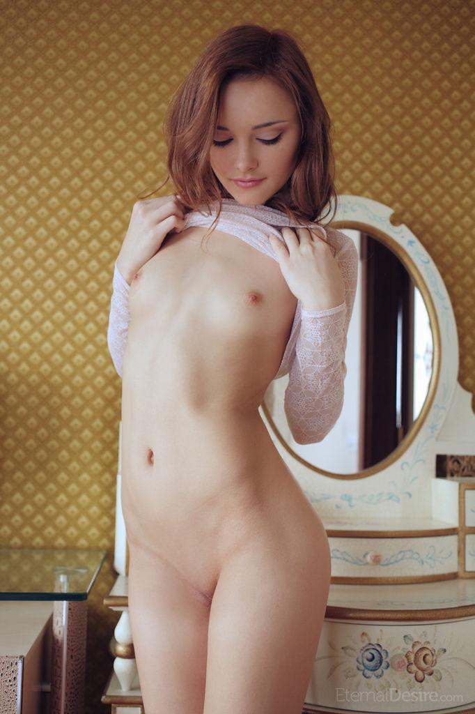 Stunning Cathleen tempts in bedroom. Part 1 - 10