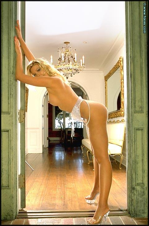Laurie Wallace is stripping white lingerie - 8