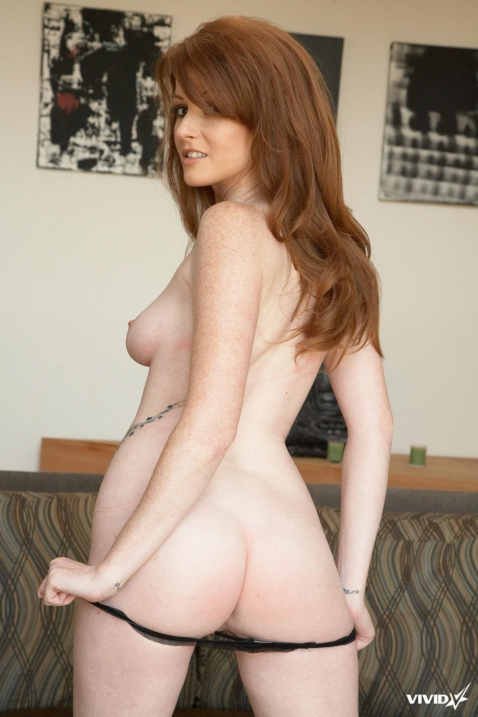 Natural redhead with tattoo - Nikki Rhodes - 5