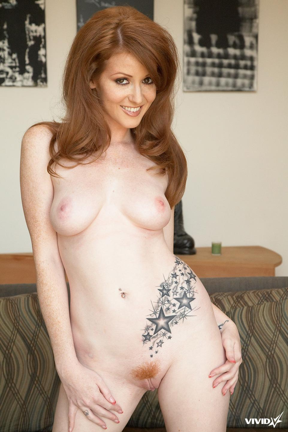 Natural redhead with tattoo - Nikki Rhodes - 6