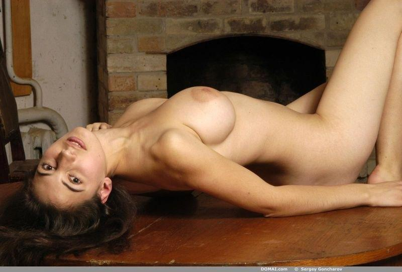 Naked girl with amazing breasts - Angela part 2 - 5