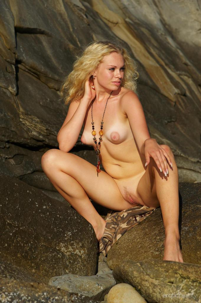 Naked Uma is posing at the sunset - 3