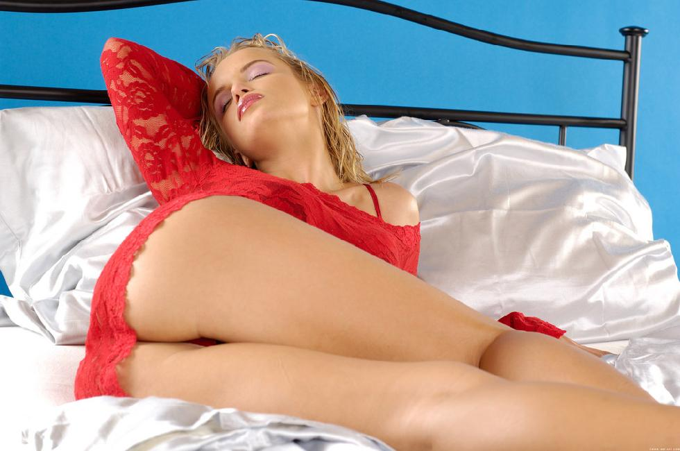 Fabulous Peach is tempting on the bed. Part 1 - 1