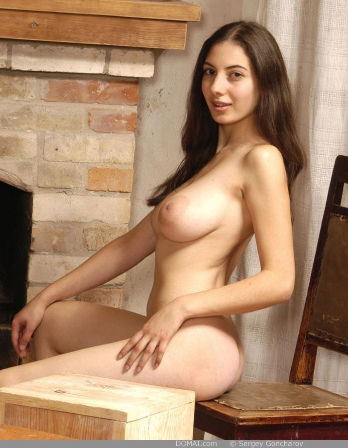 Naked girl with amazing breasts - Angela part 4 - 8