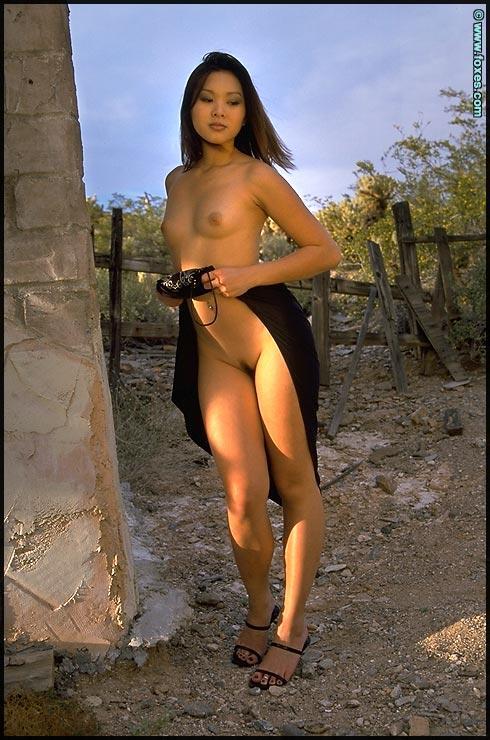 Tiny Asian does sexy striptease - Linda Tran - 8