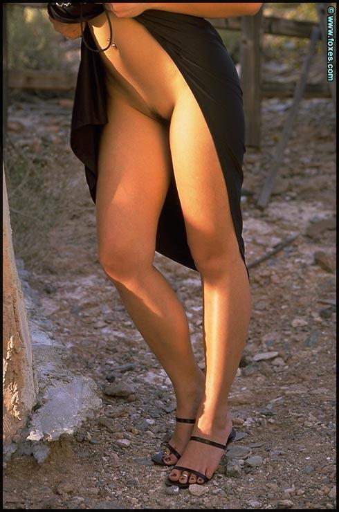 Tiny Asian does sexy striptease - Linda Tran - 9