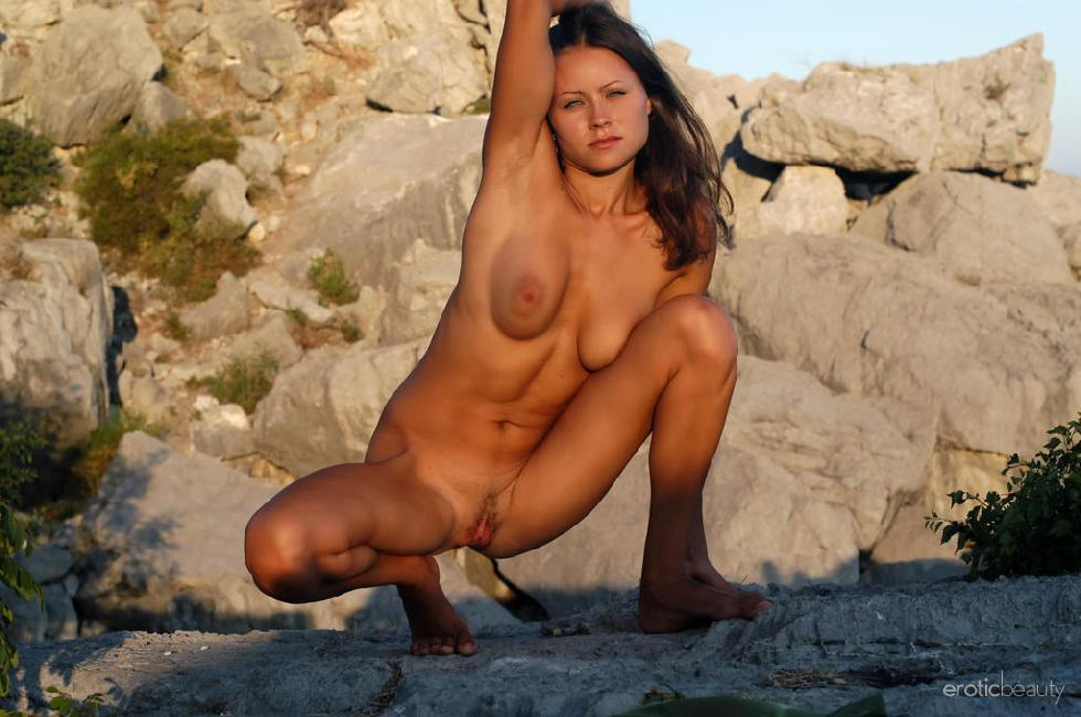 Naked session at sunset with pretty Alena - 14