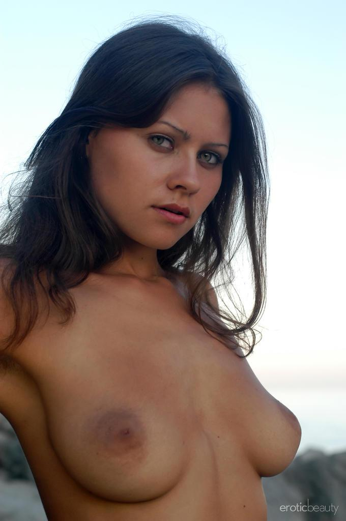 Naked session at sunset with pretty Alena - 4