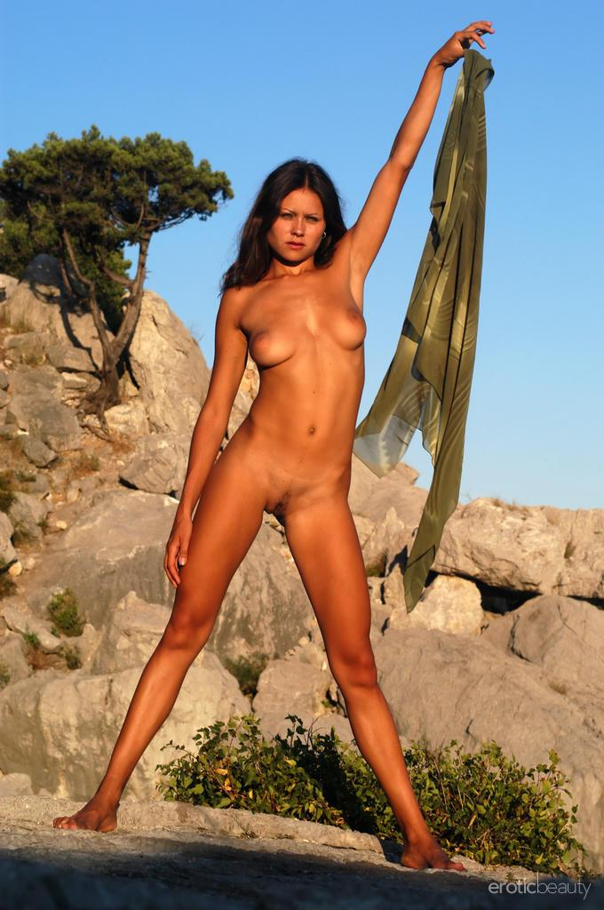 Naked session at sunset with pretty Alena - 7
