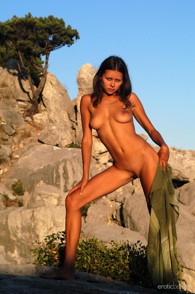 Naked session at sunset with pretty Alena - 9