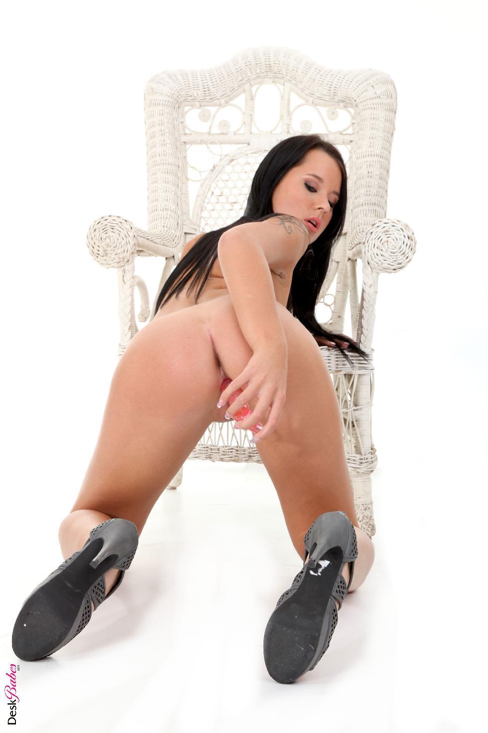 Sexy Mia Manarote and her pink pleasure - 16