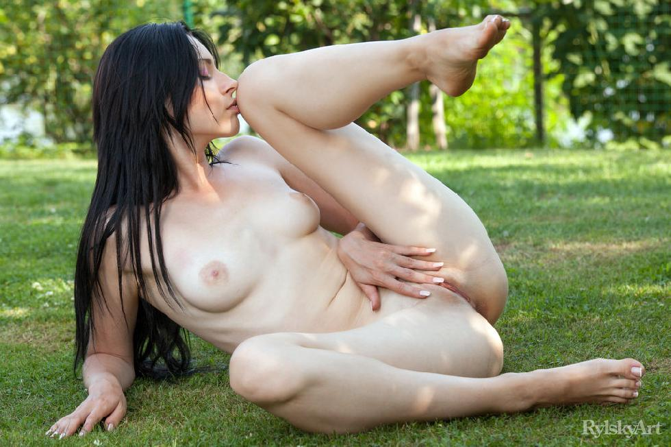 Naked Janelle is posing outdoor - 10