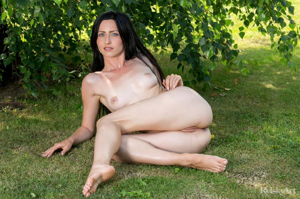 Naked Janelle is posing outdoor - 12