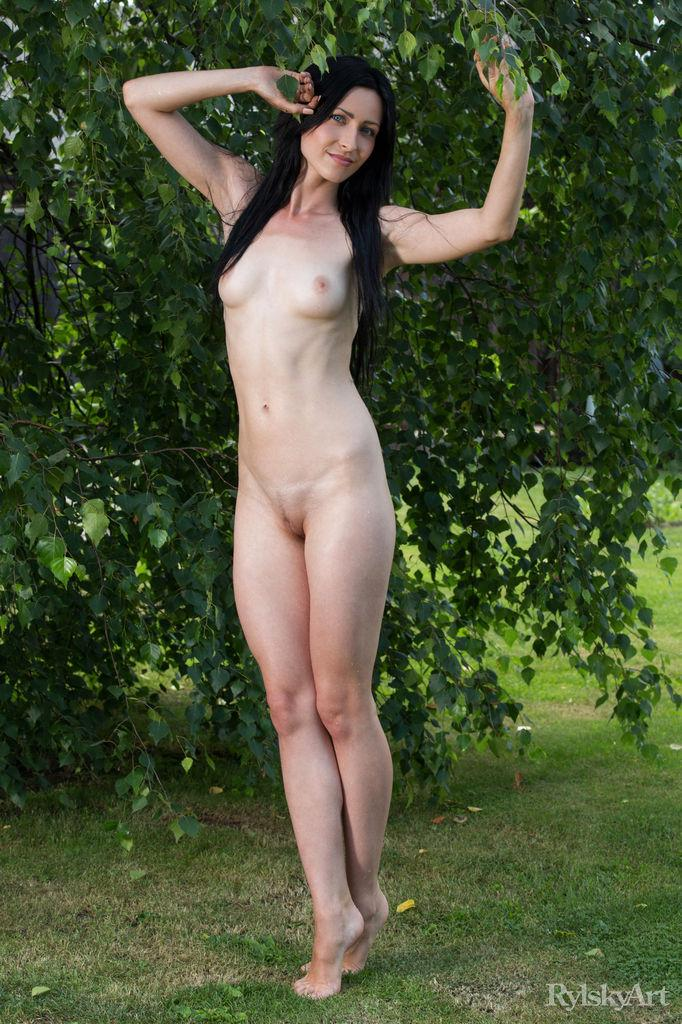 Naked Janelle is posing outdoor - 4