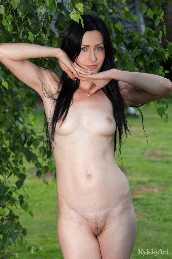 Naked Janelle is posing outdoor - 5