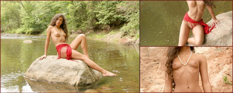 Tanned Samantha is posing outdoor - 27